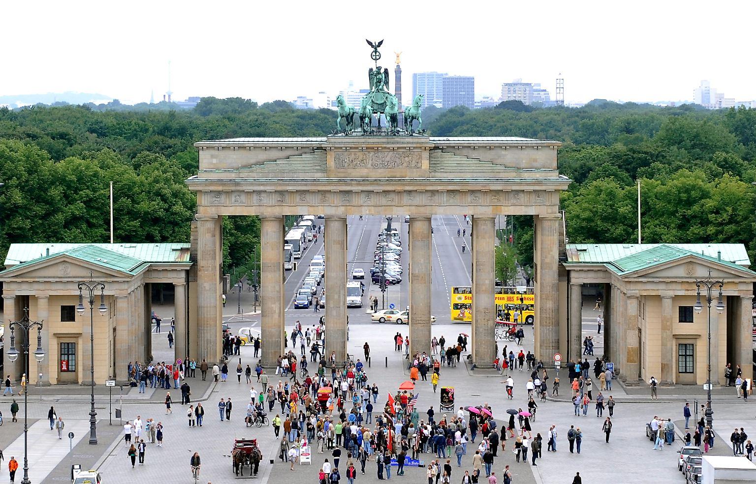 Weltberuhmtes Wahrzeichen Das Brandenburger Tor In Berlin N Tv De