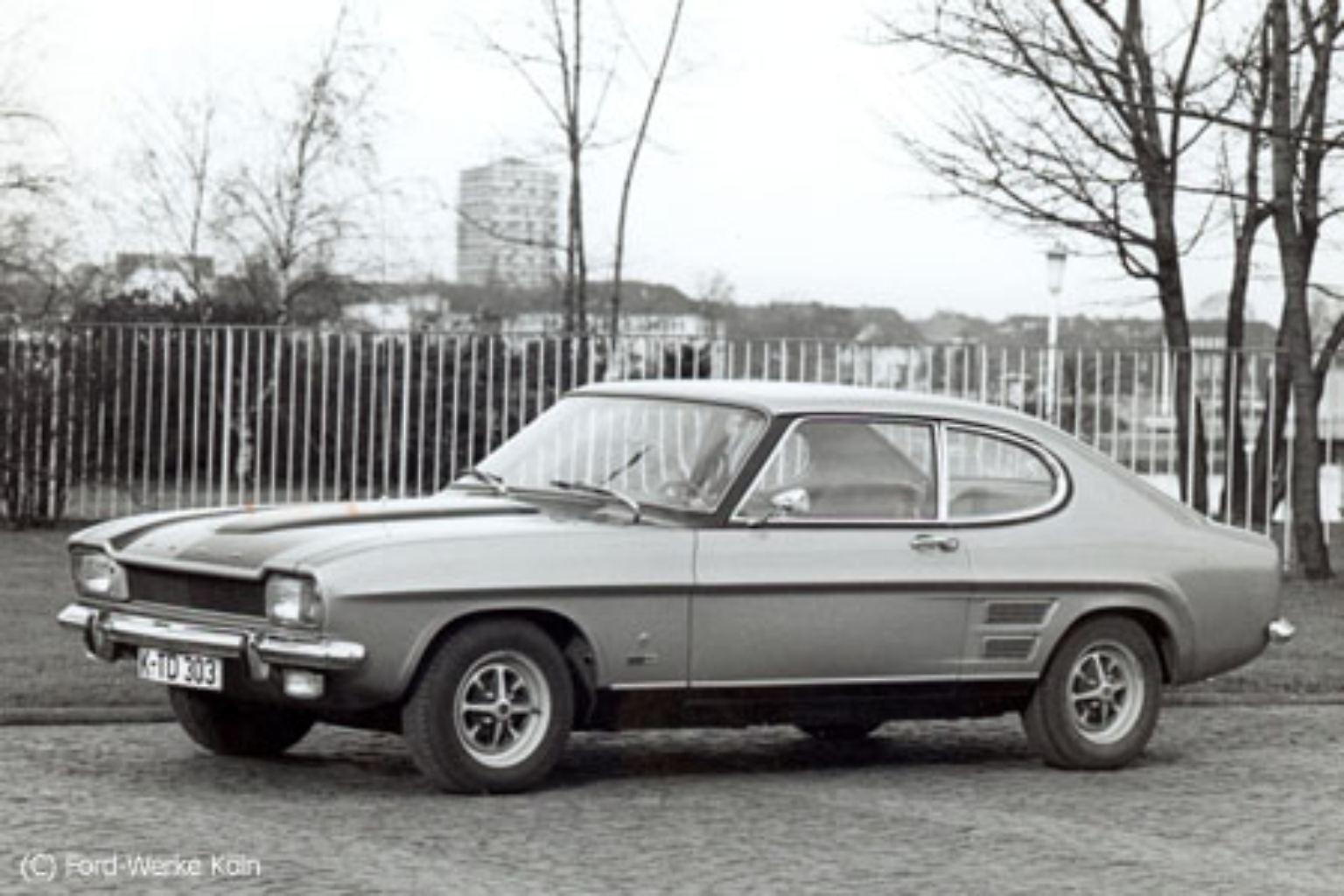 Nein, er hat nicht Geburtstag oder so. Das ist erst nächstes Jahr im November. Da wird der Ford Capri 40 Jahre alt - wenn man vom ersten Baujahr ausgeht. Offiziell vorgestellt wurde er 1969 beim Brüsseler Autosalon.