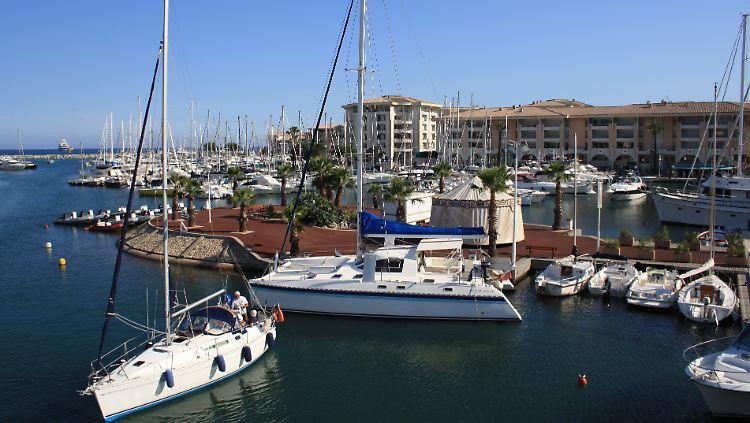 Port Frejus.jpg