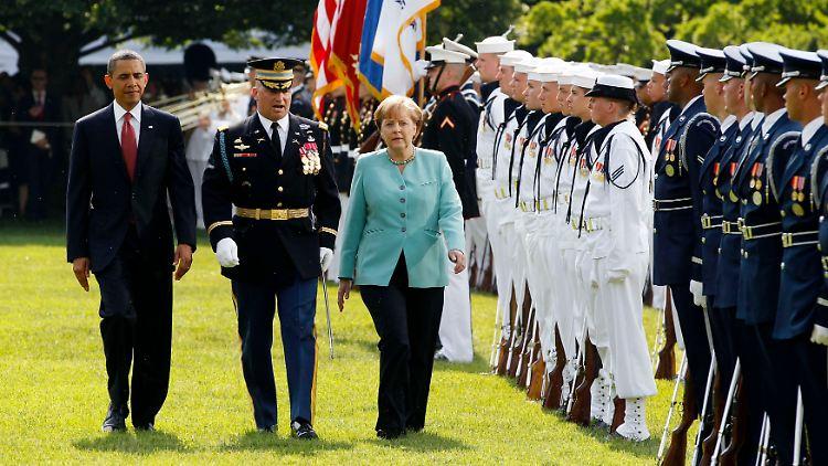 2011-06-07T140934Z_01_WAS19_RTRMDNP_3_USA-GERMANY.JPG6649808907221042848.jpg