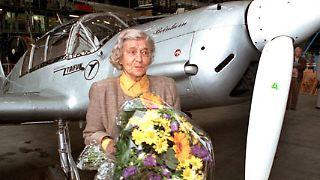 Elly Rosemeyer-Beinhorn, schon zu Lebzeiten eine Legende, starb am 28. November im Alter von 100 Jahren.