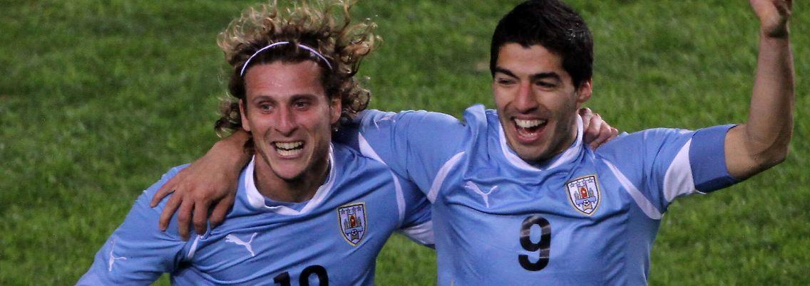 Copa América Guerrero Mit Peru Raus Suárez Schießt Uruguay Ins