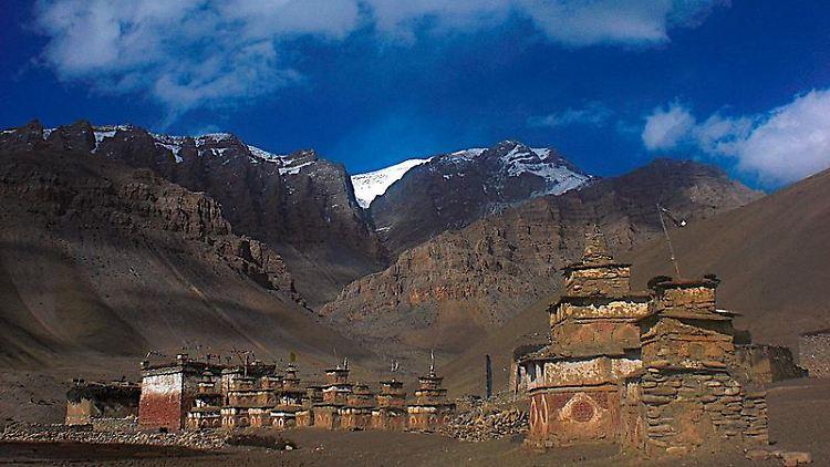 Der neu eröffnete Great Himalaya Trail führt auf 1700 Kilometern Länge über das Dach der Welt.jpg