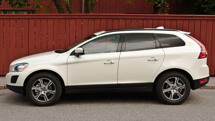 Der XC60 markiert bei Volvo den Einstieg in die Crossover-Welt. Dem ADAC ist der Wagen bislang selten mit Pannen aufgefallen. (Bild: Volvo/Erik-Fagerwall)
