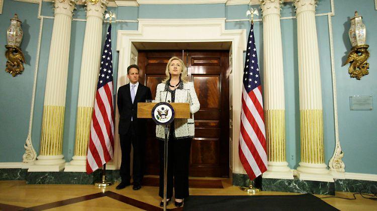 2011-11-21T232222Z_01_WAS36_RTRMDNP_3_IRAN-USA-SANCTIONS.JPG4895025602861517594.jpg