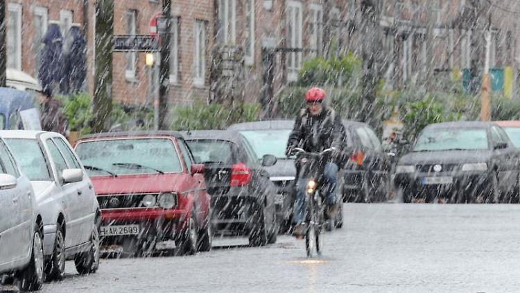 Hartgesottene fahren auch im Winter mit dem Rad zur Arbeit. (Foto: Angelika Warmuth)