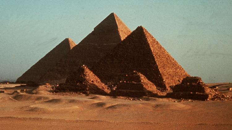 pyramiden.jpg