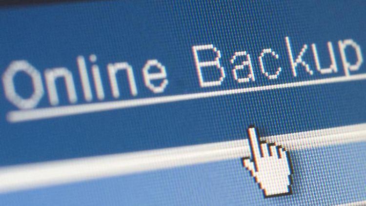 Wichtige Daten besser mehrfach absichern: auf dem Rechner, online sowie auf externen Speichermedien. (Foto: Bodo Marks)