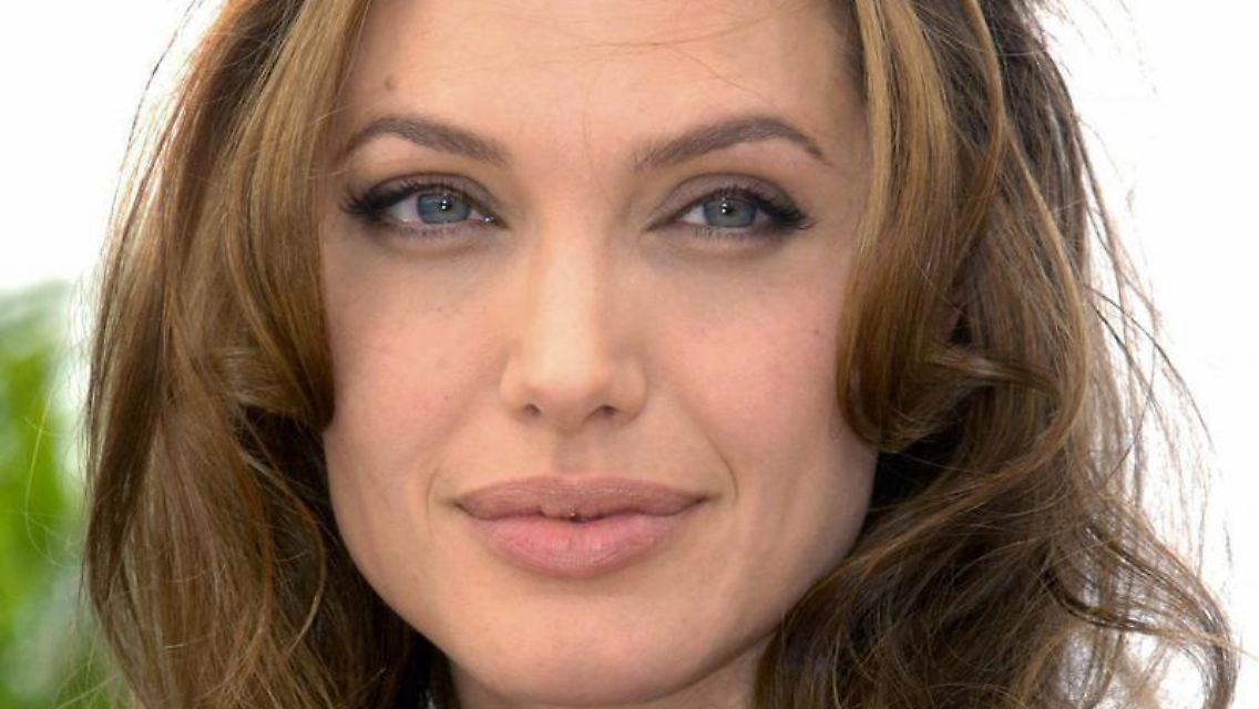 Angelina Jolie Vater