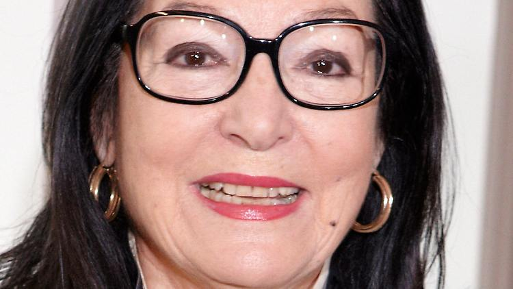 Ohne Brille wie nackt: Nana Mouskouri hat 100 Modelle