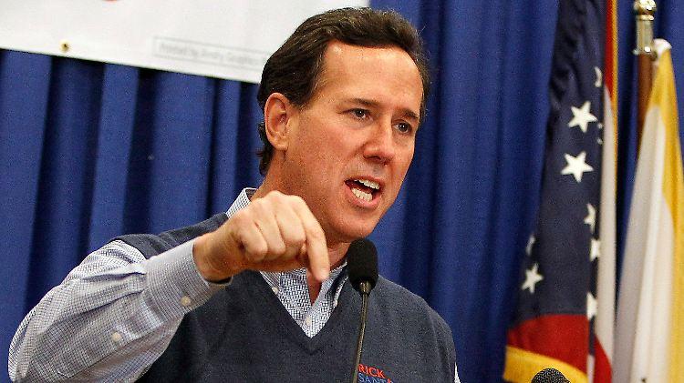 Der Pullunder war Santorums Markenzeichen und sogar in seinem Fanshop erhältlich.