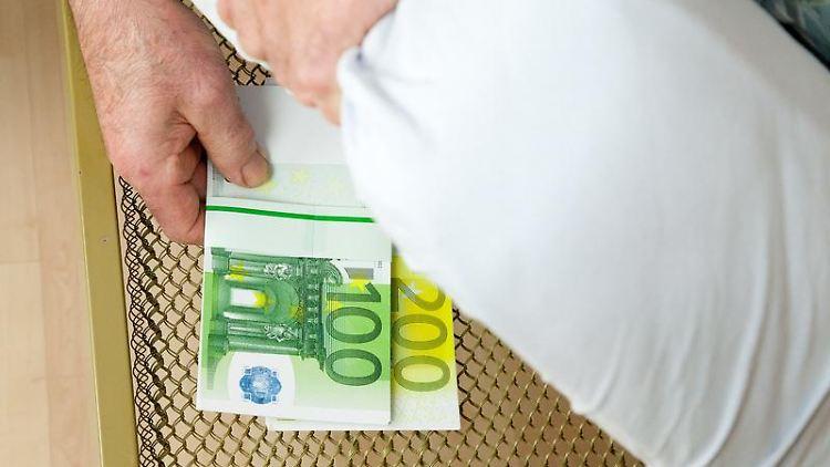 Geldgeschäfte Bei Demenz Rechtzeitig Vollmacht Erstellen N Tvde