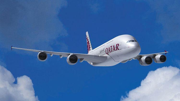 A380-800_EA_QTR_V02.jpg