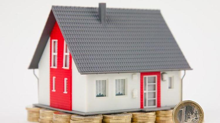 Eine gute Wirtschaftslage und moderate Finanzierungsbedingungen treiben die Nachfrage bei Immobilien an. Das macht sich an den Preisen bemerkbar. Foto:Kai Remmers