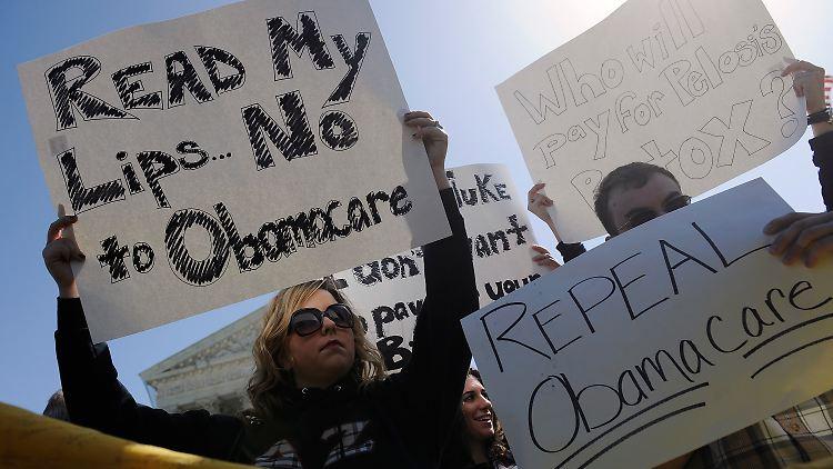 Demonstration gegen Obamas Gesundheitsreform, abfällig