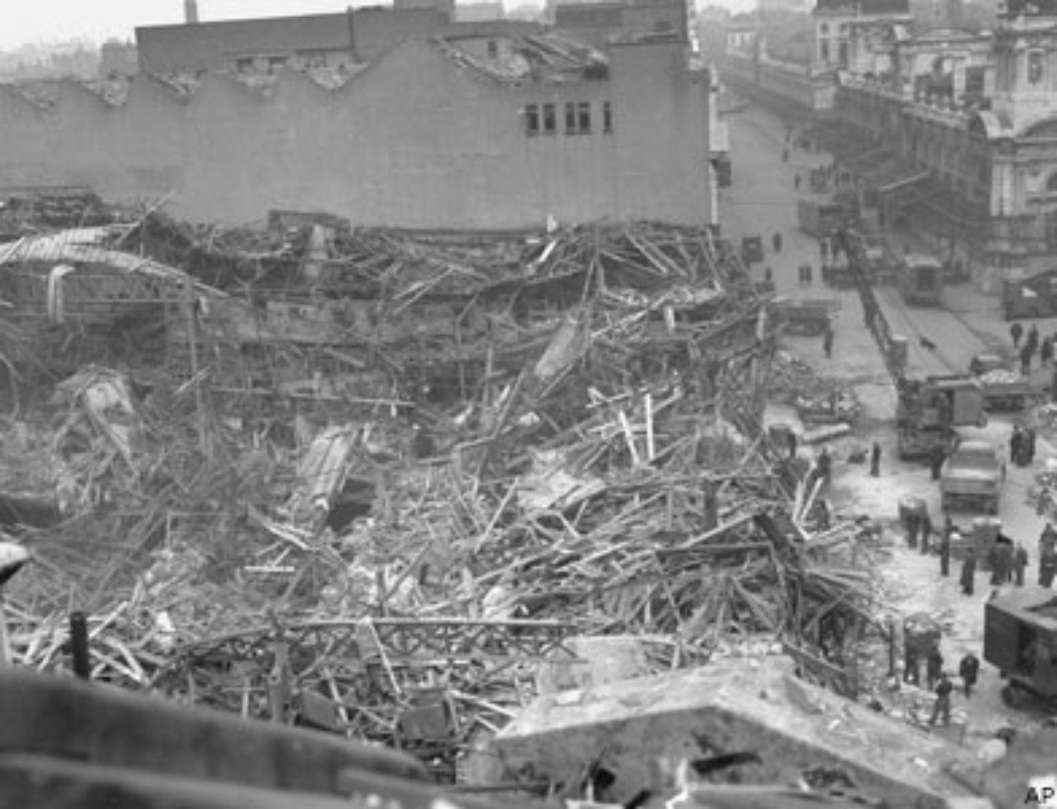 Es ist kurz nach dem Zweiten Weltkrieg. Europa liegt noch in Trümmern, da warnt der ehemalige britische Premierminister Winston Churchill am 5. März 1946 bei einer Reise in die USA: