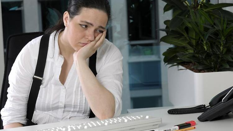 Auch psychische Erkrankungen können zur Arbeitsunfähigkeit führen. Doch die Berufsunfähigkeitsversicherung springt in einem solchen Fall nicht automatisch ein. Foto:Britta Pedersen