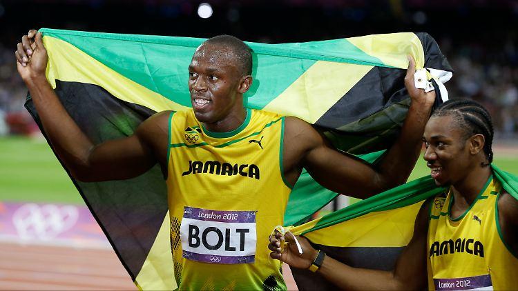 Echt Krasse Gold Party Bolt Feiert Mit Drei Schwedinnen N Tvde