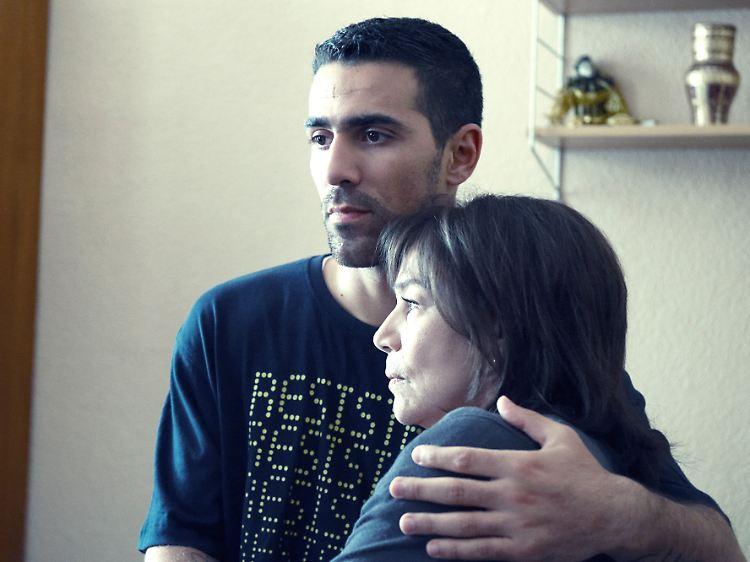 Politur Dating london Es ist online dating haram in islam