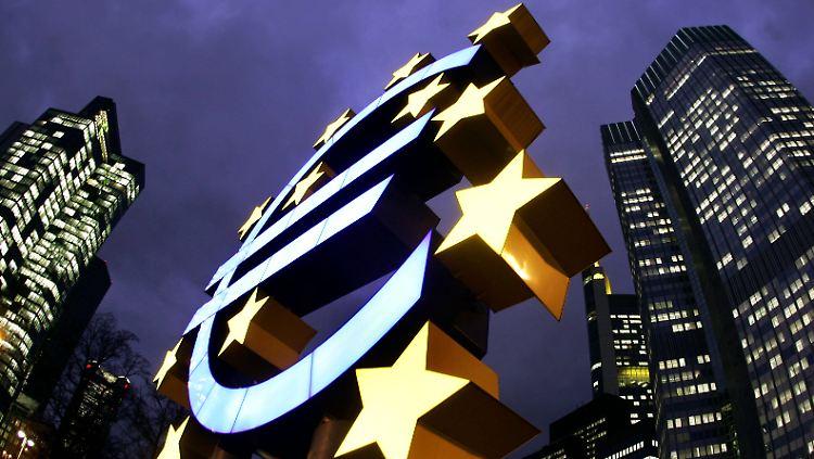 2012-09-11T132518Z_01_BER95_RTRMDNP_3_EUROZONE-ECB-GERMANY.JPG2316791722100471174.jpg