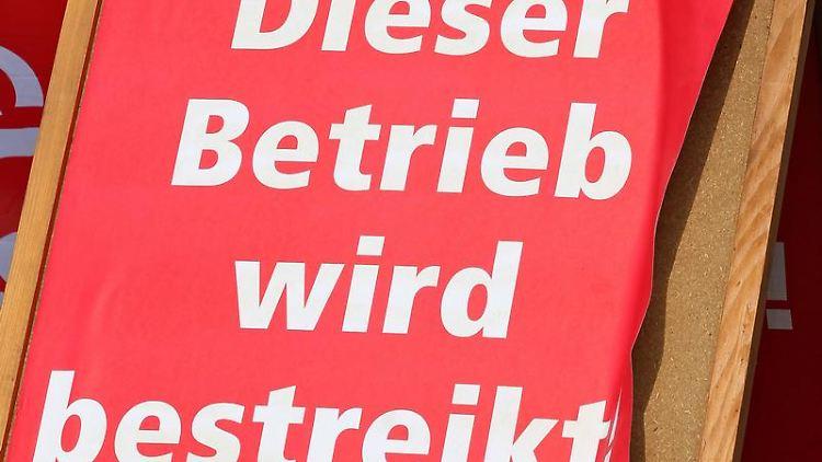 Das Landesarbeitsgericht Düsseldorf gab den Arbeitnehmern recht: Ihre Äußerungen seien von der Meinungsfreiheit gedeckt gewesen. Foto: Jan Woitas