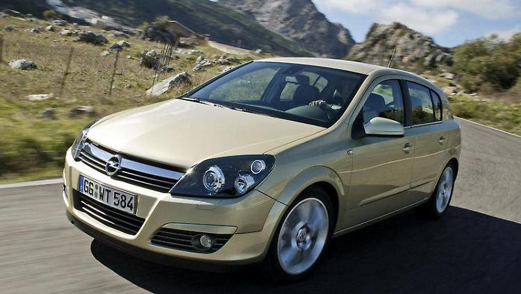 Jüngere Gebrauchte sind die bessere Wahl: Viele frühe Opel Astra-Modelle fielen mit Mängeln auf.