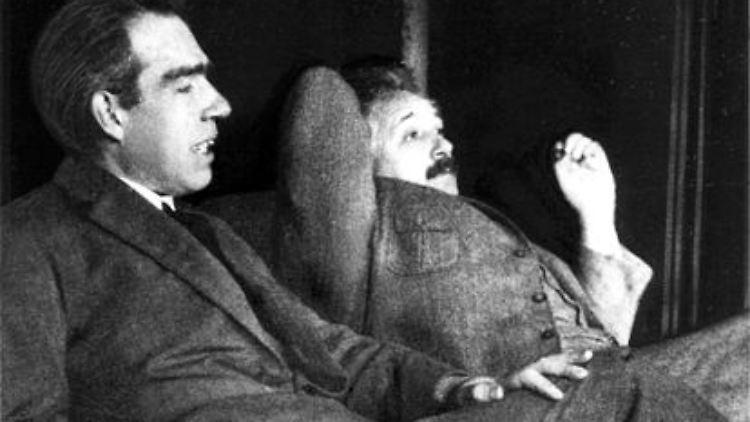 Bohr_Einstein.jpg