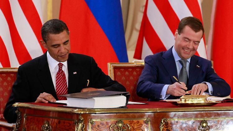 APTOPIX_Obama_US_Russian_Nuclear_CZEB121.jpg4778828714100060898.jpg
