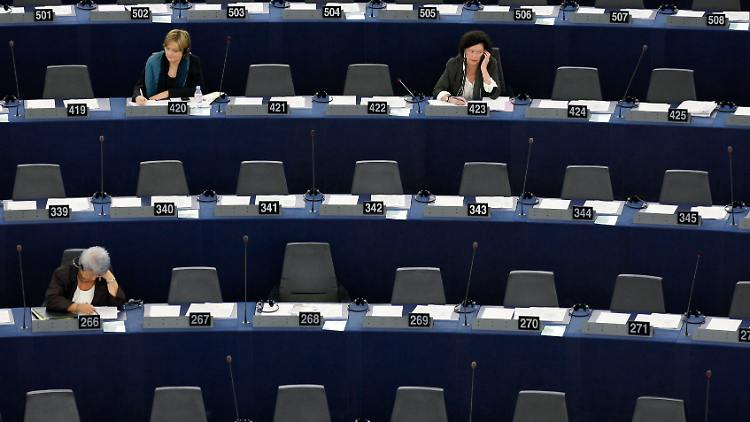 Mitglieder des Europaparlaments in Straßburg während einer Sitzung.