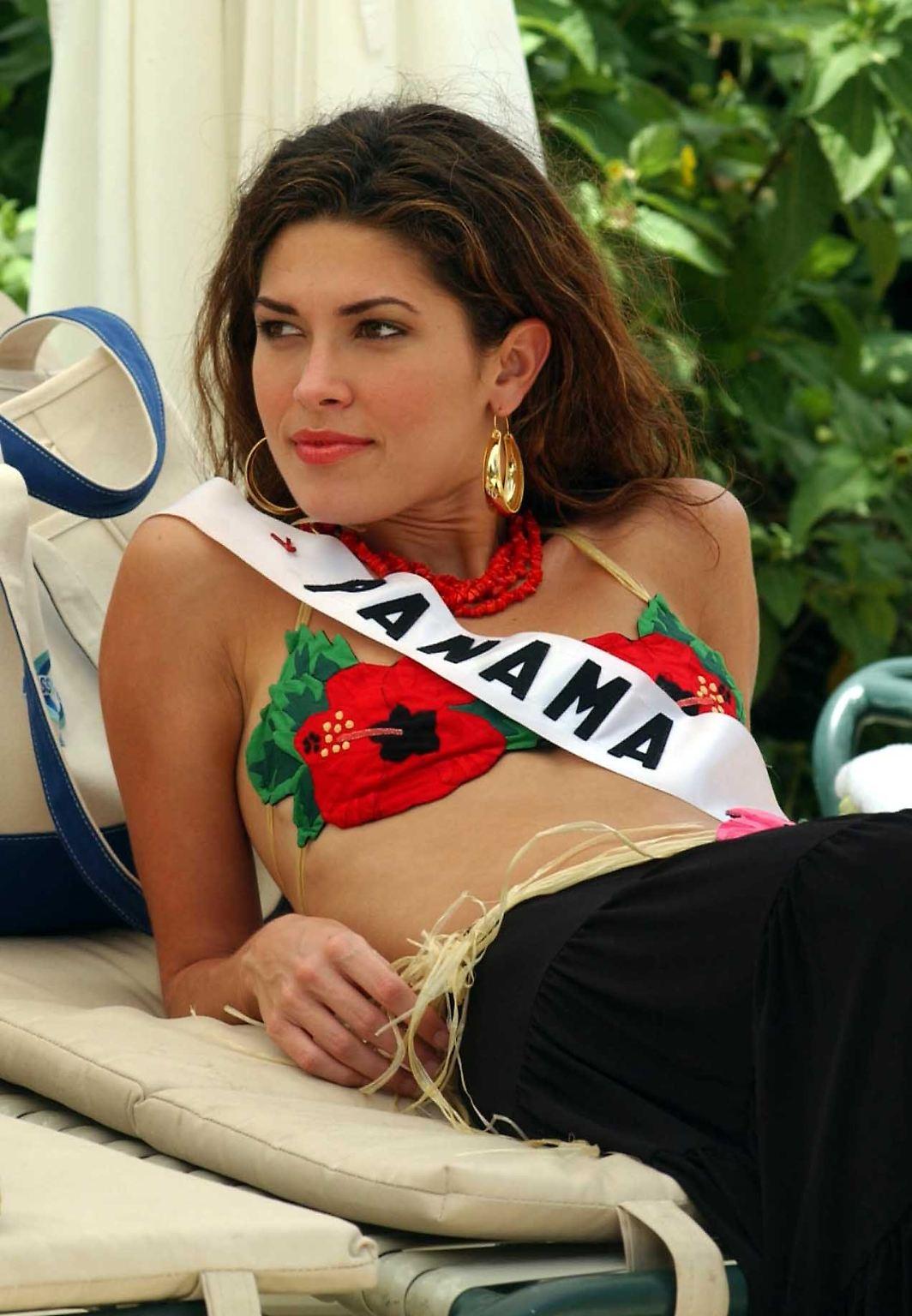 miss panama 2002.jpg