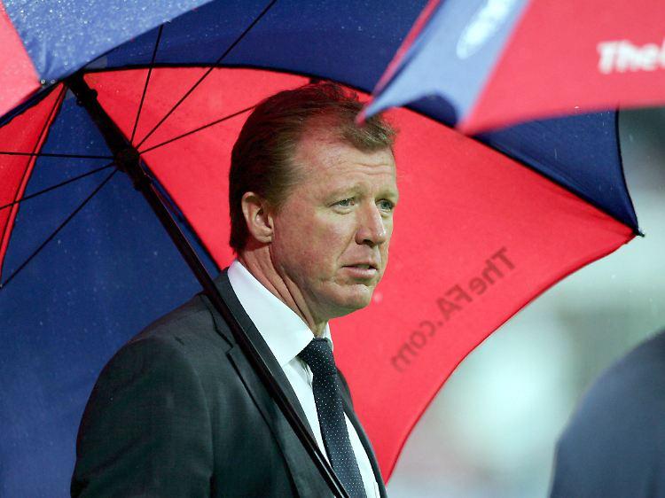 Der Trottel Mit Dem Regenschirm