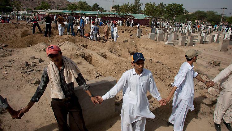 Pakistan_ANJ112.jpg961911525393554904.jpg