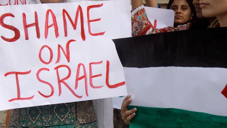 Pakistan_Israel_Palestinians_LHR102.jpg5394712123251758941.jpg