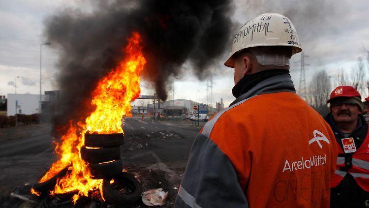Proteste vor dem Arcelor Mittal-Werk in Lothringen (Archivbild)