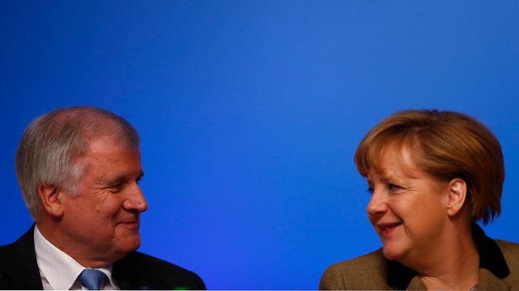 2012-12-05T102507Z_01_KAI17_RTRMDNP_3_GERMANY-CDU.JPG3173970582102487946.jpg