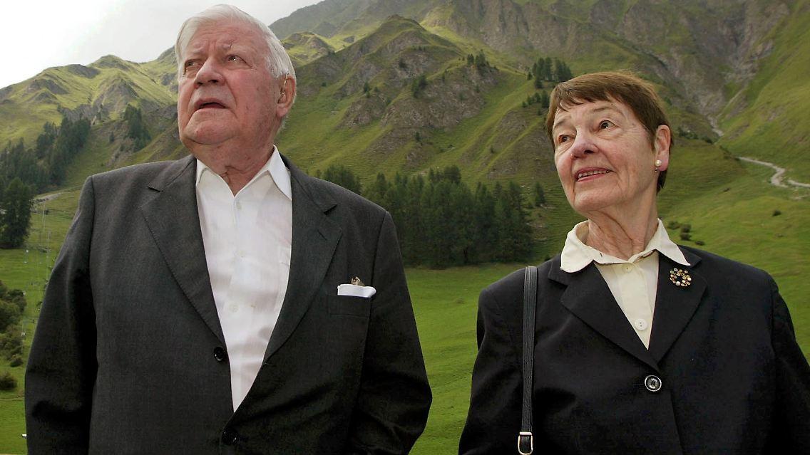 Neue Zwei Euro Münze Kommt Zigaretten Kaufen Mit Helmut Schmidt N
